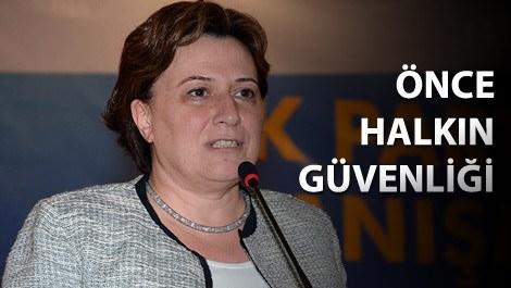 Çevre ve Şehircilik Bakanı Fatma Güldemet Sarı