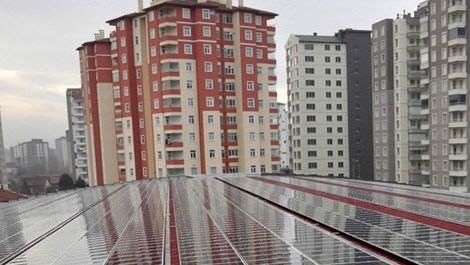Belediye, pazar yerinin çatısında elektrik üretecek