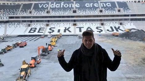 Vodafone Arena stadına giden Mario Gomez