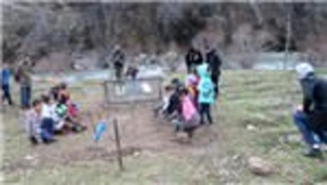 Acun Ilıcalı, Şırnak'ta çocuklar için parkur yaptırıyor