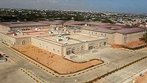 Somali'de 100 yataklı hastane