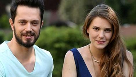 Aslı Enver, Murat Boz'un villasına taşındı!