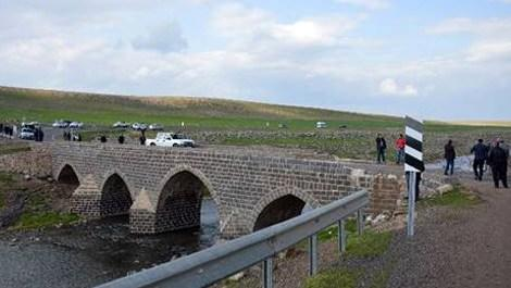 Diyarbakır'da vatandaşlardan yeni köprü talebi!
