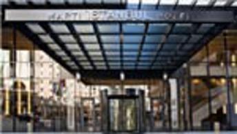 Martı 'Taksim'deki otelde işler kötü'