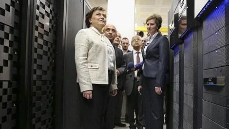 Fatma Güldemet Sarı, 'siber güvenlik merkezi'ni açtı