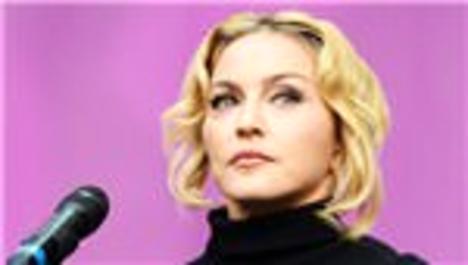 Madonna'nın evinin önündeki levha komşularını kızdırdı