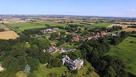 20 milyon Sterlin'e satılık köy