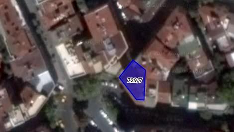 Beyoğlu'nda 10 dairelik bina satışa çıktı
