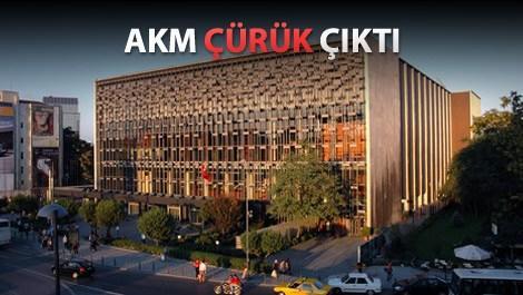 'AKM'nin yıkılıp yeniden yapılması gerekiyor'
