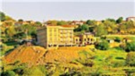 Gökçeada'nın kaçak oteline hapis cezası