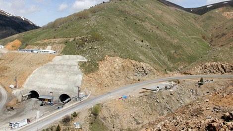 Eğribel Tüneli ile yolculuk süresi 45 dakika kısalacak