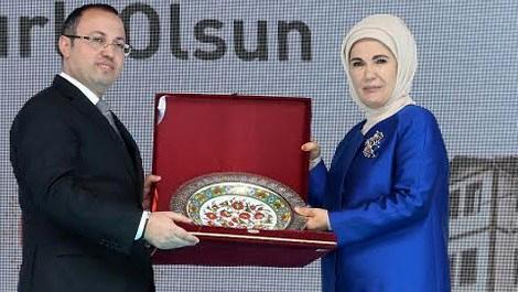 Trabzon'da engelleri kaldıran  okul eğitime açıldı