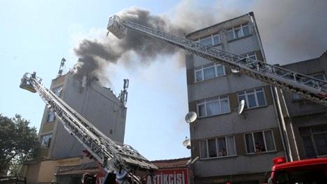 Fatih'te 5 katlı binada yangın!