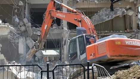 Yüksekova'da yıkım başladı
