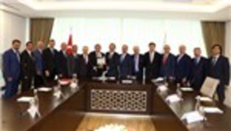 ATO Başkanı'ndan, Bakan Mehmet Özhaseki'ye ziyaret