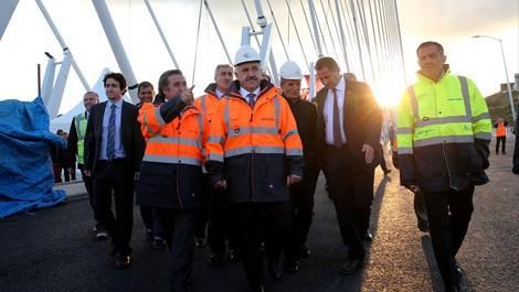 Bakan Arslan önce havalimanını sonra 3. köprüyü gezdi