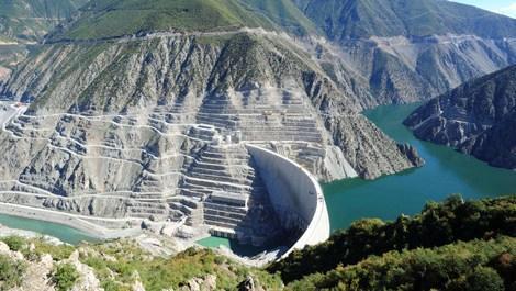 Deriner Barajı'ndan ekonomiye 500 milyon lira katkı!
