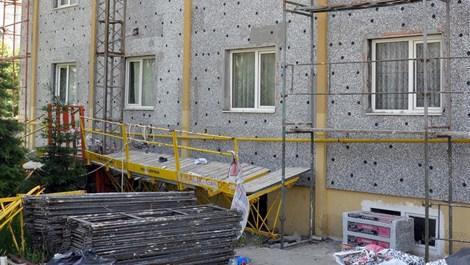 Kayseri'de inşaat iskelesi çöktü