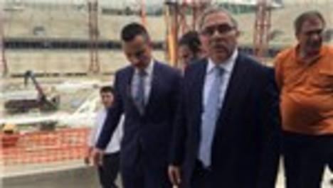 TOKİ Başkanı Ergün Turan, Akyazı Spor Kompleksi'ni gezdi