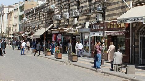 Sur'daki işyerlerinin kira ödemeleri ertelendi