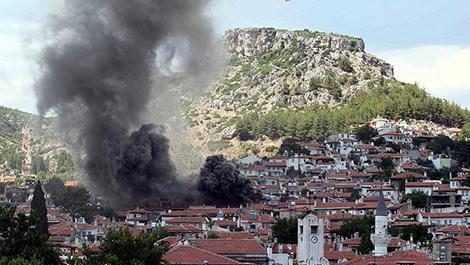 Eski Muğla evlerini yanmaktan mahalle sakinleri kurtardı