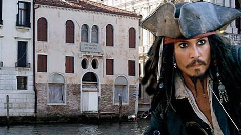 Johnny Depp, Venedik'teki evini satıyor!