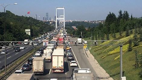 Boğaziçi Köprüsü ve FSM Köprüsü trafiğe açıldı