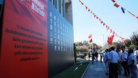İBB'den şehitler için Taksim'e dev pano