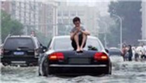 Çin'de sel ve heyelanlarda ölü sayısı 93'e çıktı
