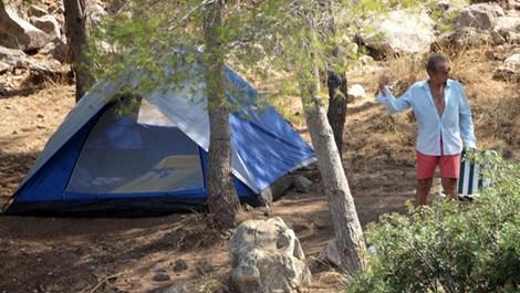 Erhan Yazıcıoğlu çadır kurdu