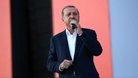 Cumhurbaşkanı Erdoğan '15 Temmuz yıkılmayacağımızı gösterdi'