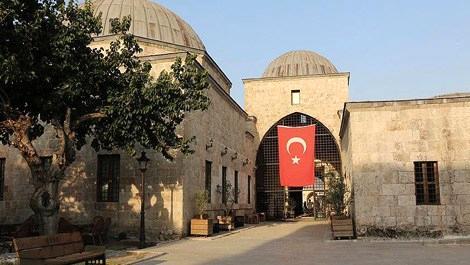 Sokullu Mehmet Paşa Külliyesi göz kamaştırıyor