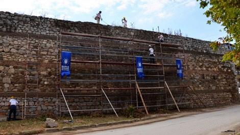 İznik'in tarihi surlarında çalışmalar başladı