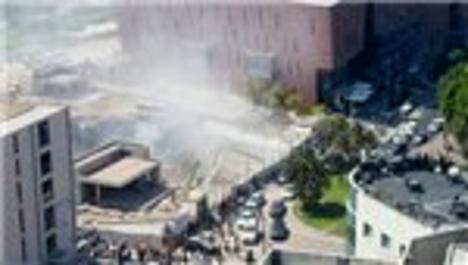 Tel Aviv'de inşaat çöktü, işçiler yaralandı