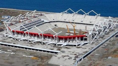 Akyazı Spor Kompleksi'nde sona yaklaşıldı