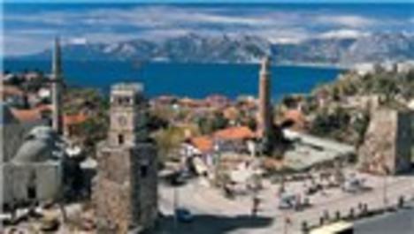 Antalya otellerinde bayram rezervasyonları yüzde 90'ı aştı