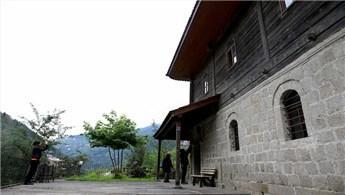 Doğu Karadeniz'deki ahşap camiler dikkat çekiyor!