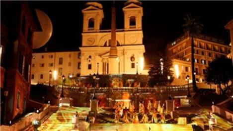 Roma'nın İspanyol Merdivenleri yeniden açıldı