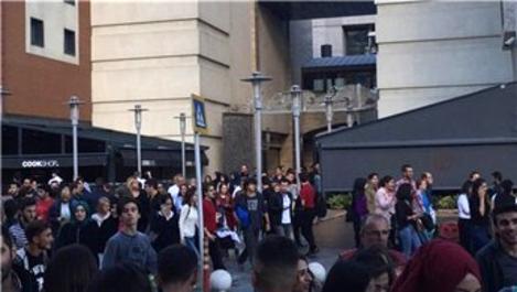 Bayrampaşa Forum İstanbul'da bomba paniği!