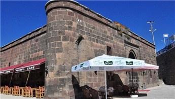 Papşen Hanı, restorana dönüştürüldü