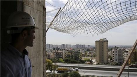 11. kattan düşen inşaat işçisini güvenlik ağı kurtardı!
