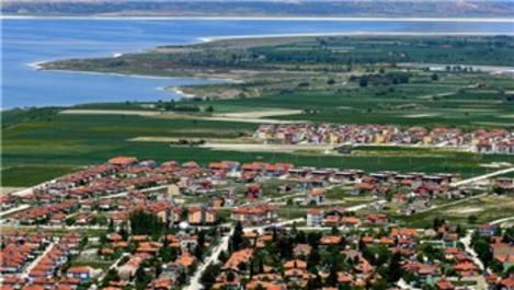 Burdur'a askeri birliğin gelmesi esnafı sevindirdi