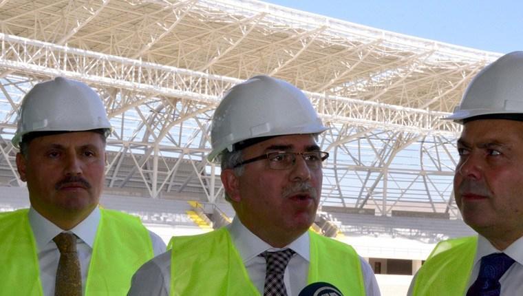 TOKİ Başkanı, Malatya'daki stat inşaatını inceledi