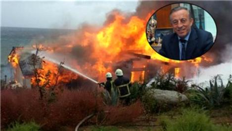 Ali Ağaoğlu'nun kardeşine ait villa yandı!