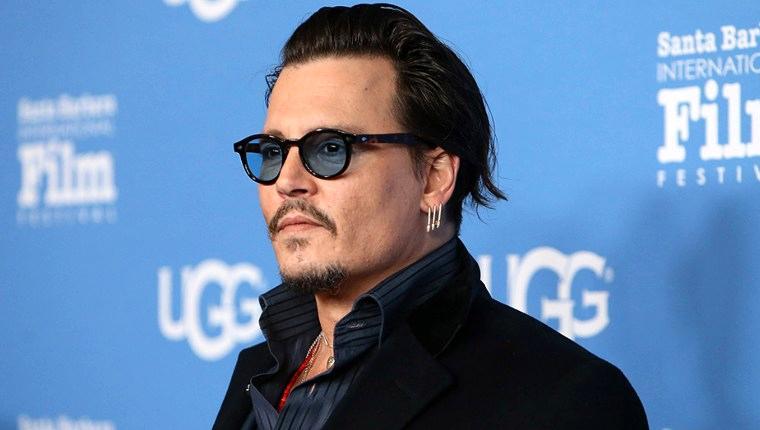 Johnny Depp evini satıyor!