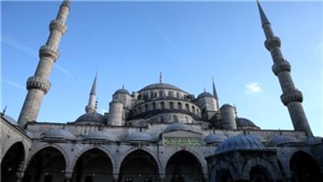 Sultanahmet Camisi'nin sökülen minaresi yeniden örüldü