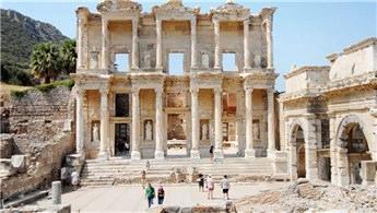 İzmir'de Efes'i Türk arkeologlar kazacak!