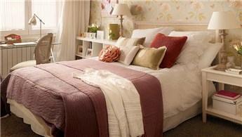 Küçük yatak odaları için dekorasyon modelleri