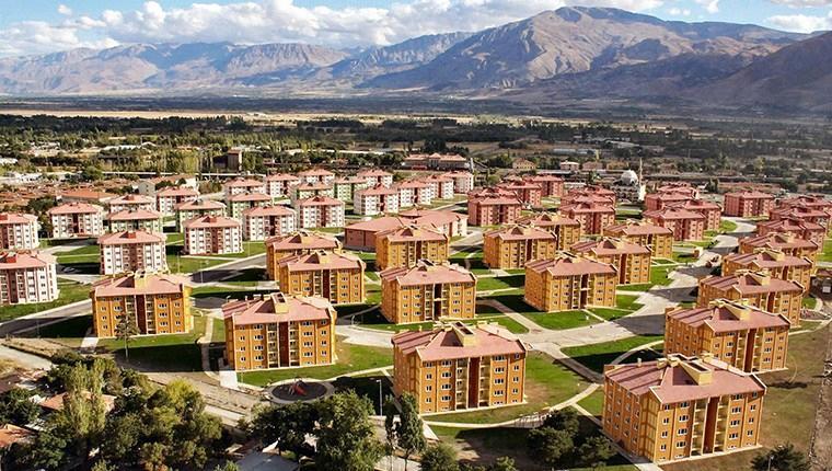 TOKİ'nin Erzincan'da 1,500 konut inşaatı devam ediyor
