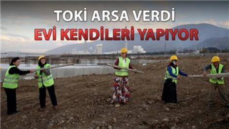 Depremde yıkılan evleri için 17 yıl mücadele ettiler!